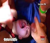 Salope amatrice baisée brutalement se fait gicler sur le visage