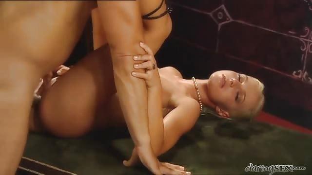 porno gratis 18 anni troia scopata nel culo