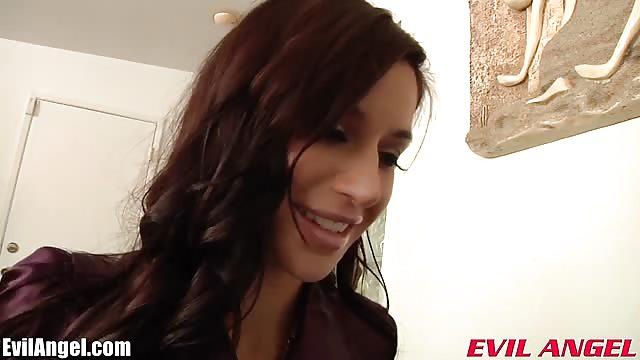laura angel video mama gefickt von sohn zu sehen kostenlos